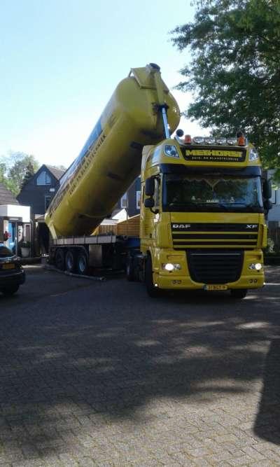Zandspuiten in kruipruimte te 's-Hertogenbosch