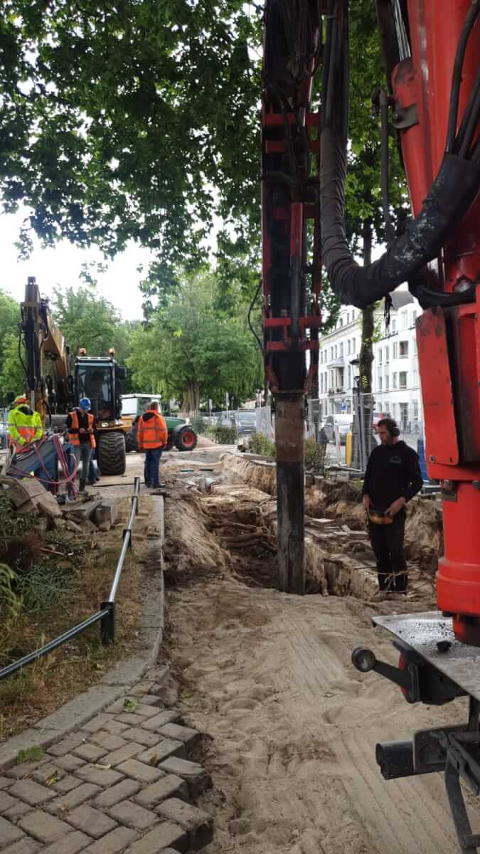 Kabels en leidingen vrijzuigen Methorst Zuigtechniek en Van den Heuvel