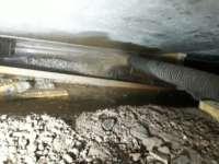 Grind blazen onder parkeerdek